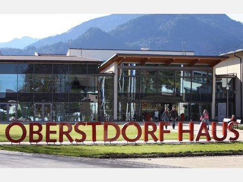 Hoch verschuldetes Oberstdorf in Finanznöten | Bayern