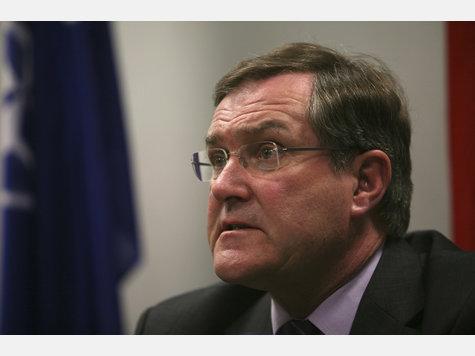 http://www.merkur-online.de/bilder/2009/04/09/164079/316173164-franz-josef-jung-verteidigungsminister.9.jpg