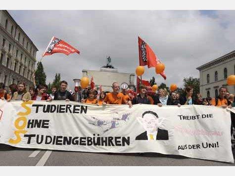 Studenten-Demo gegen Semestergebühren