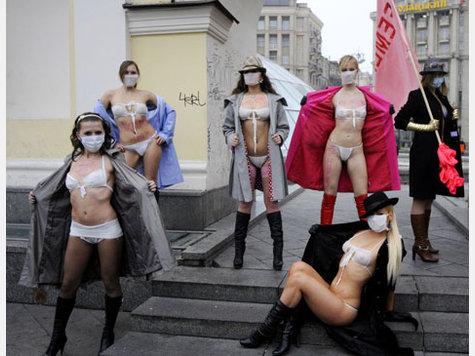 prostitution russland frau oben auf
