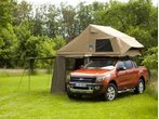 Caravan-Salon 2012: Autodach von 3Dog Camping Top Dog für Ford Ranger Wildtrak