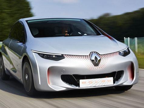 Vier personen mit ausgefeilter aerodynamik umweltfreundliche autos